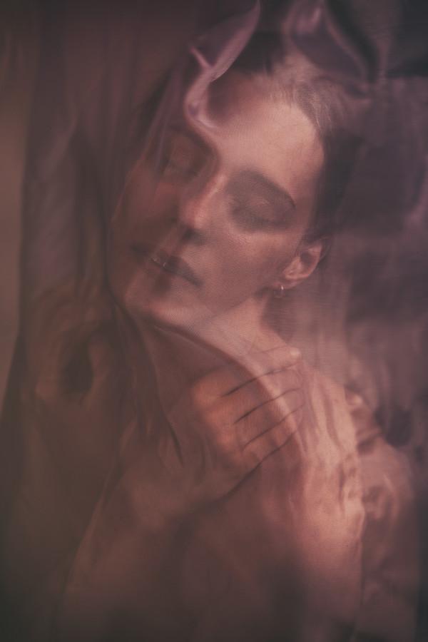 Daydreaming - Marietta Kui